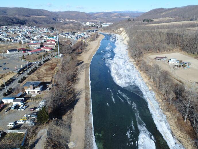 河道掘削完了全景